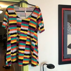 LuLaRoe Perfect T. Excellent condition. Worn 2x.